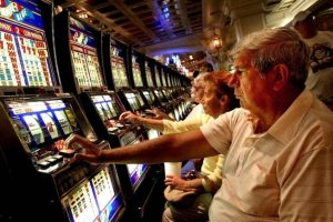 argosy-casino-slots-players-2-by-cincy-enquirerjpg-82f6b592272294dc-o0soc